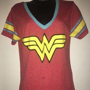 DC Comics Wonder Woman Tee Shirt L/XL